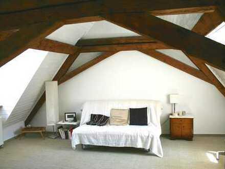 Helle, gemütliche 2-Zi.-Wohnung in der historischen Altstadt von Neustadt