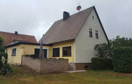 Schönes Einfamilienhaus mit großem Garten in ruhiger bevorzugter Wohnlage