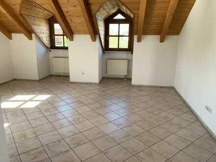 Schöne, geräumige zwei Zimmer Wohnung in Mühldorf am Inn (Kreis), Mühldorf am Inn
