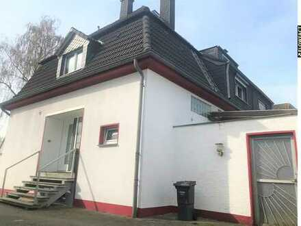 Bezugfertiges und modernisiertes Steigerhaus (DHH) auf einem ca. 630 qm großen Grundstück.