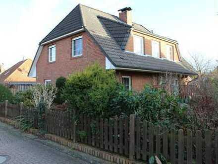*RESERVIERT *großes Einfamilienhaus mit Garage in ruhiger Lage*von Bardowick