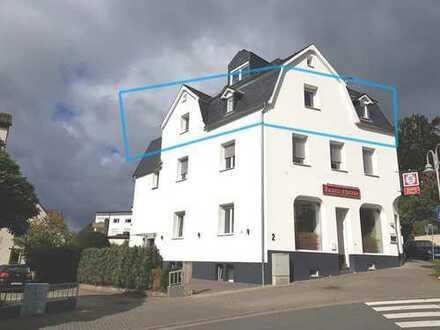 Moderne Wohnung mit Burgblick