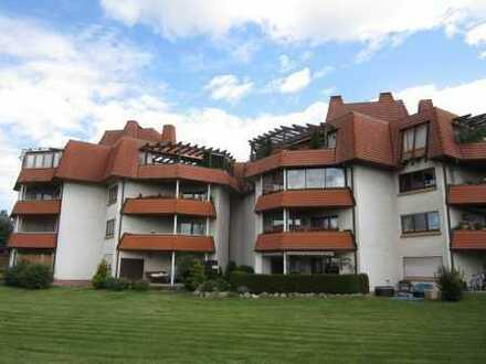 Geniale Wohnlage - Auf Hohen 3 1/2 Zimmer-Wohnung mit  Fahrstuhl