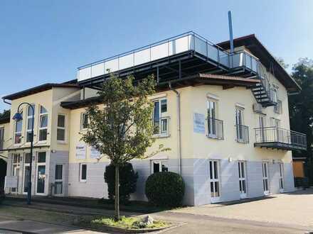Zum Verkauf: schöne 5 Zimmer-Wohnung für Gewerbetreibende mit großer Dachterrasse