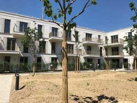 Von Privat - Erstbezug mit Einbauküche und Balkon: stilvolle 2-Zimmer-Wohnung in Regensburg