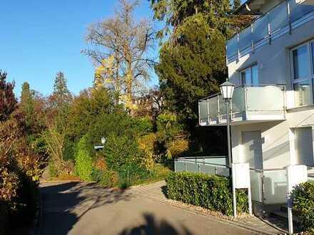 Schöne moderne, neuwertige 2-Zimmer-NR-Wohnung mit Terrasse und Einbauküche in Badenweiler