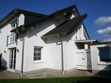 Gepflegte Doppelhaushälfte mit 3 Zimmern in Mechernich- Antweiler
