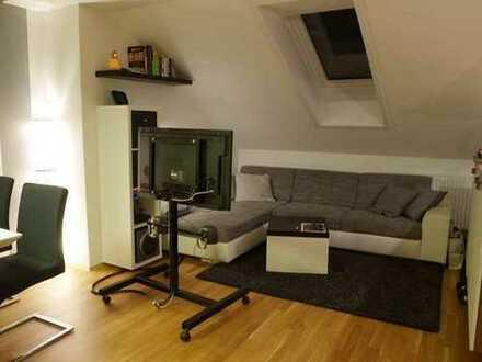Freundliche 3-Zimmer-Wohnung mit Balkon und EBK in Karlsruhe