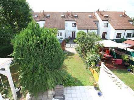 Nähe Schlosspark Biebrich: Reihenhaus in guter Nachbarschaft!