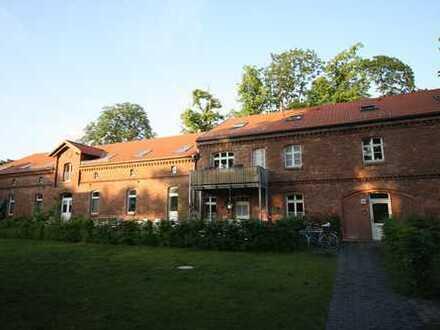 Bild_Stadtnahes Wohnen auf dem Land - 2-Zimmer mit EBK & Terrasse in Hoppegarten!