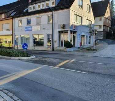 Gepflegtes Mehrfamilienhaus mit Ladengeschäft in Wildberg!!