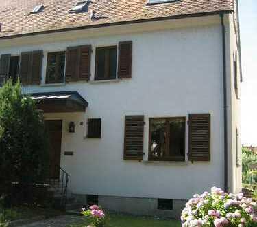 Schönes Haus mit sechs Zimmern zentrumsnah in Emmendingen