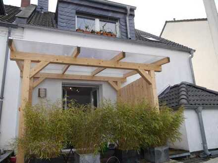 Haus im Haus mit schöner Terrasse