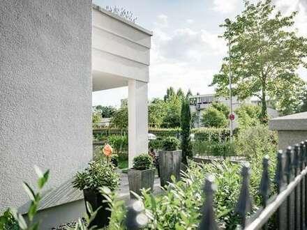Stilvoll-Modern! Idyllische 2-Zimmer Wohnung mit großer Terrasse und eigenem Garten
