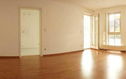 Idyllische 2 Raum Wohnung mit Wintergarten