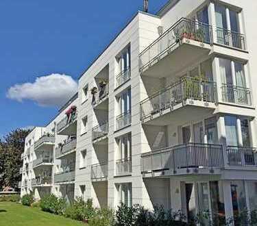 Neuwertige 2 Zimmer Wohnung mit Sonnenbalkon in ruhiger Hinterhoflage in Borgfelde