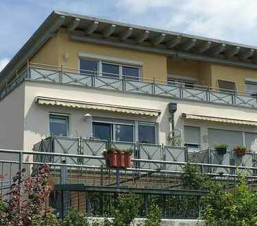 800 €, 90 m², 3 Zimmer