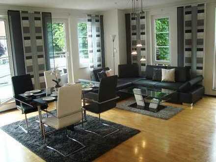 Moderne, komplett möblierte 2- Zimmerwohnung in Kirchheim Stadtmitte mit großer Terrasse