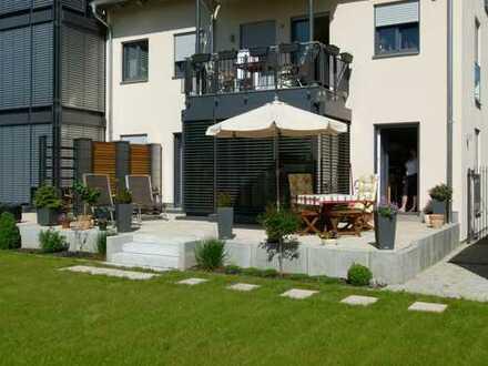 Schöne 3-Zimmer Erdgeschoßwohnung mit Terasse und Garten