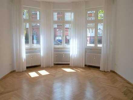 Schöne helle Erdgeschosswohnung in Heidelberg, Neuenheim in 2-Familien-Wohnhaus, zentrale Lage