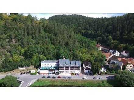 RE/MAX - Gut geführtes Hotel in landschaftlich reizvoller Lage in Ziegenrück zu verkaufen