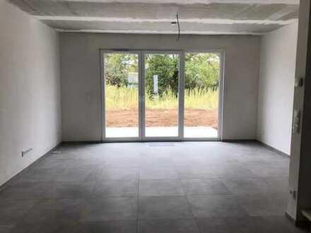 1.190 €, 130 m², 4 Zimmer
