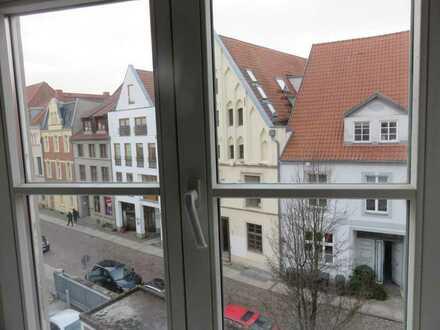 Besondere 3 - Zimmer Wohnung in Top Lage in Stralsunds Altstadt