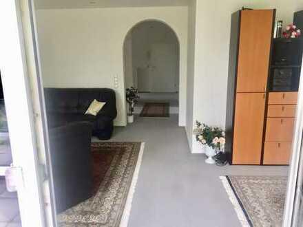 Schöne, geräumige vier Zimmer Penthouse-Wohnung in Hameln-Pyrmont (Kreis), Bad Pyrmont