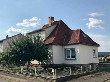 Charmantes Einfamilienwohnhaus mit großem Garten in idyllischer Lage in Wahmbeck!