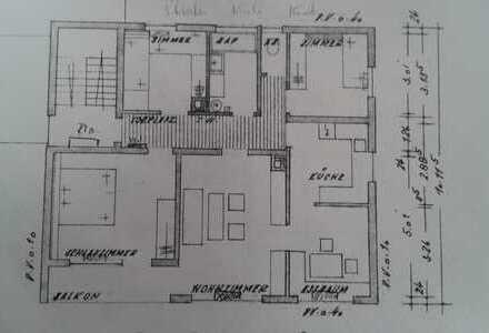 Modernisierte 5-Zimmer-Wohnung mit Balkon und EBK in Durlangen