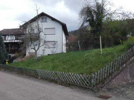 Großes Grundstück in Weisenbach mit 2 Abrisshäusern