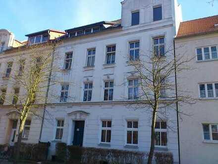 Kleine 1-Zi. Wohnung mit Balkon, modernisiert