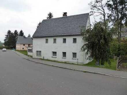 Einfamilienhaus mit Grundstück am Bachlauf im Landkreis Mittelsachsen