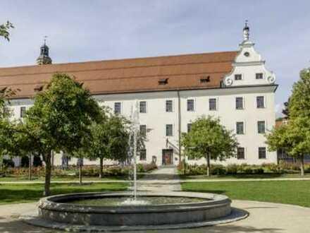 Schicke Zwei-Zimmer-Wohnung in saniertem historischen Altstadtgebäude