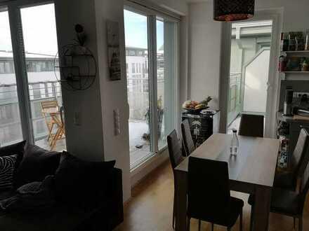 WG Zimmer in sehr heller, moderner Wohnung