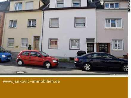 Sanierungsobjekt! 1-3 Familien- Reihenmittelhaus in gesuchter Lage von Ludwigshafen-Friesenheim