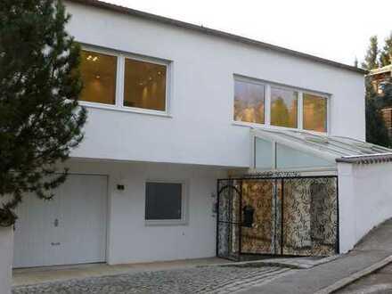 Mediterranes 3 Zimmer Anbau-Häuschen in Bestlage - Hofberg