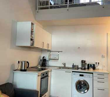 Neuwertige 2-Raum-Loft-Wohnung mit Balkon und EBK in München-Obermenzing