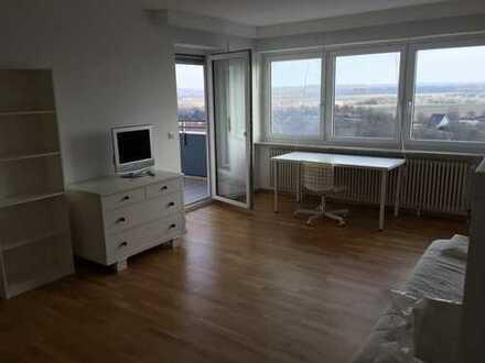 Gepflegte 5,5-Raum-Wohnung mit 2 Balkon und Einbauküche in Biberach