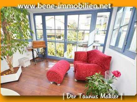 Individuelle DG Wohnung mitten in Hofheim