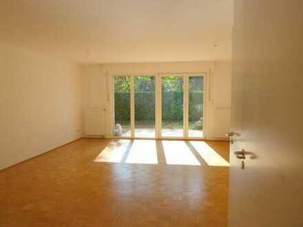 Rheinnähe: Ruhiges 6-Zimmer-Reihenendhaus am Ende eines Privatweges