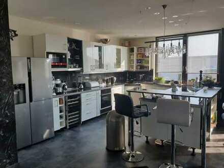 Hochwertige Eigentumswohnung mit exclusiver Ausstattung in Kerpen- Sindorf !!!!