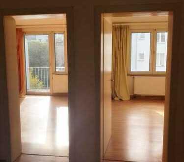 :KAPSTEIN Immobilien: Zentral gelegene 3-Zimmer Wohnung mit Balkon *WG-GEEIGNET*