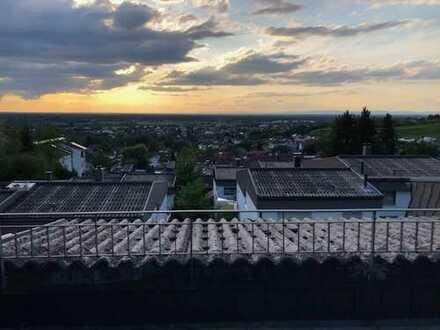 PROVISIONSFREI Tolles Reihenhaus mit Dachterrasse in Sinzheim-Vormberg // renovierungsbedürftig