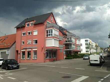 Von privat: vollmöblierte 3,5 Zi.Whg mitten in der Stadt Böblingen, am See // Furnished apartment