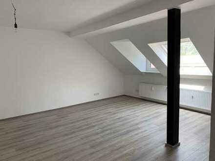 Top Dachgeschosswohnung- 3 Zimmer- 75 m²