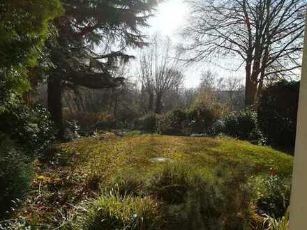 2 Zimmer Wohnung mit eigenem Garten