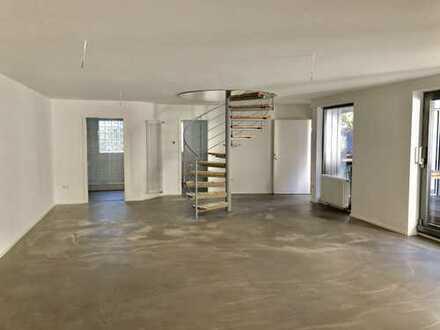 Erstbezug nach Sanierung: schöne 3-Zimmer-Loft-Wohnung mit EBK und Dachterrasse in Nagold