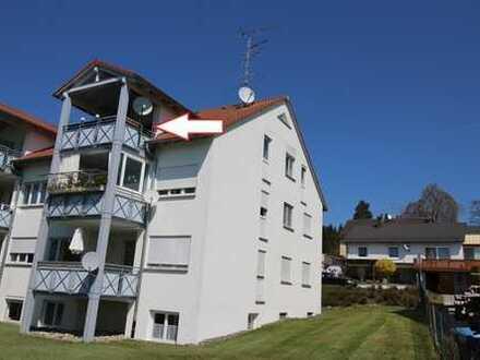 Schöne, geräumige 3,5 Zimmer Dachgeschosswohnung
