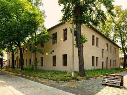 Kernsaniertes Bürogebäude für bis zu 100 Mitarbeiter